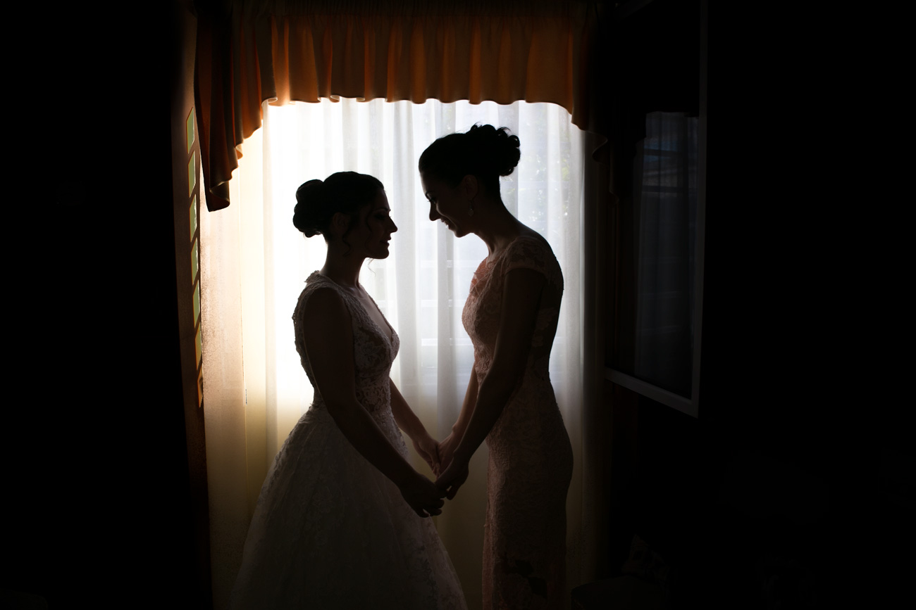 bride-with-the-sister