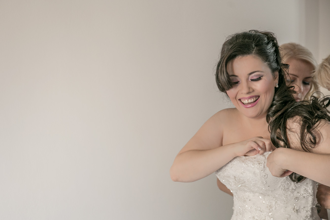 preperation-of-a-greek-bride