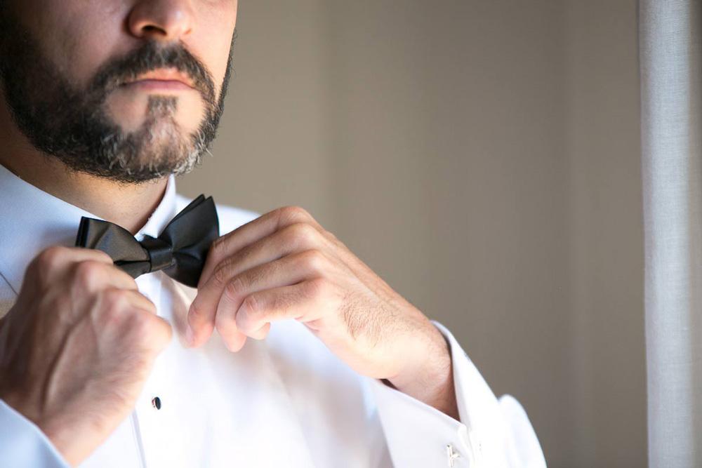 preperation-of-a-greek-groom