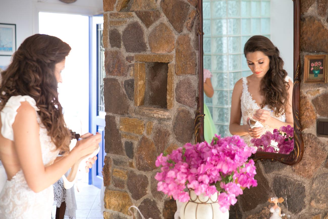bride-preperation-on-greek-island-wedding