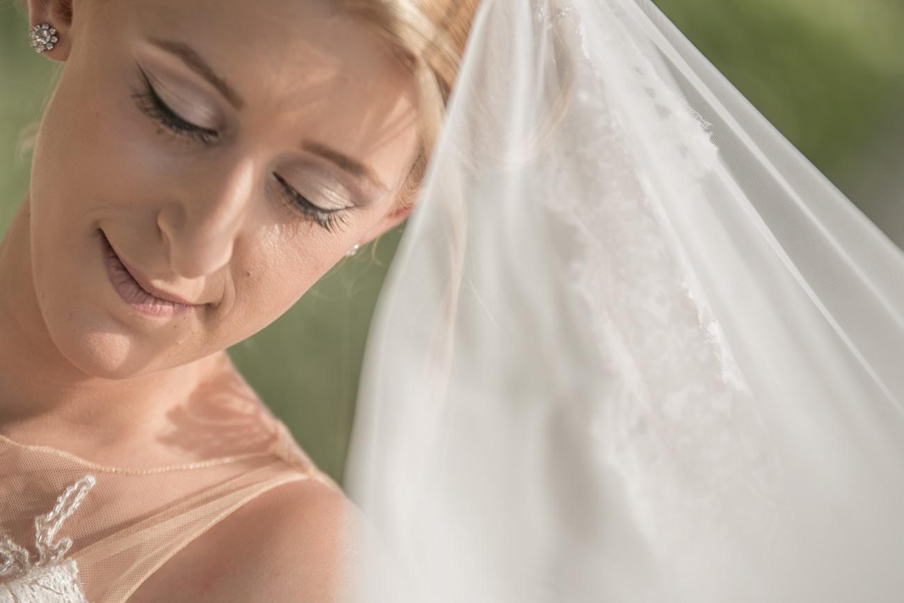 greek-bride-portrait
