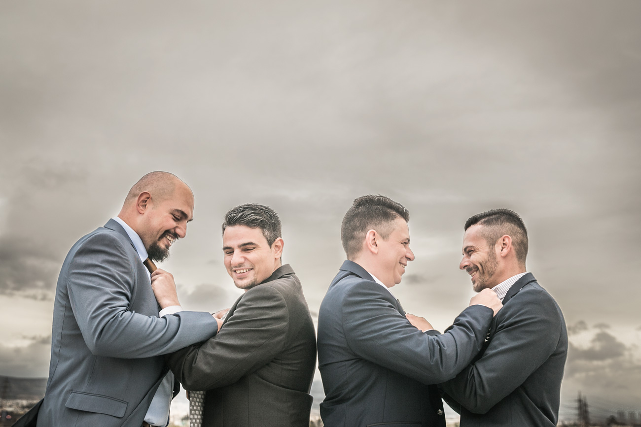 groom-with-best-friends